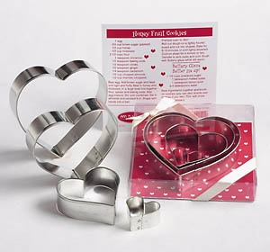 Nesting Hearts 4 pc Cookie Cutter Set by Ann Clark Ltd